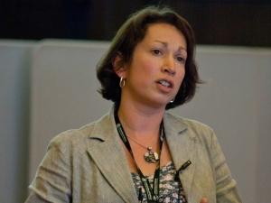 Dr Alison Brettle