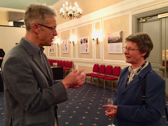 Tim Read and Dame Jocelyn Bell Burnell discuss supernova explosions